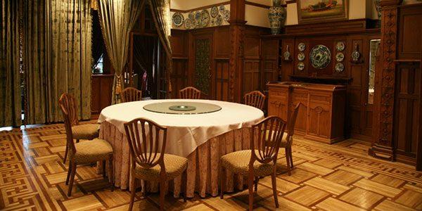 Restaurant in Moller Villa, Shanghai